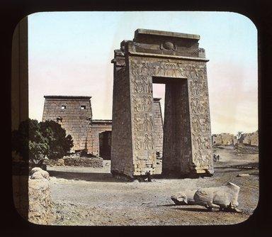 """<em>""""Views, Objects: Egypt. Karnak. View 02: Egypt - Karnak. Gate and Pylon.""""</em>. Lantern slide 3.25x4in, 3.25 x 4 in. Brooklyn Museum, lantern slides. (Photo: T. H. McAllister, New York, S10_08_Egypt_Karnak02_SL1.jpg"""
