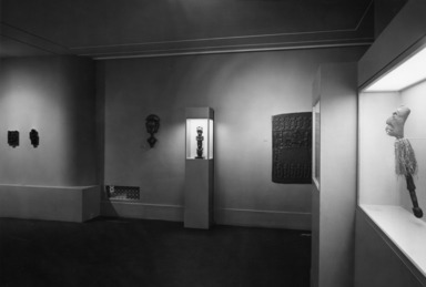 Fellowship Exhibition, African Sculpture (installation), September 01, 1958 through 1958 (date unknown) (Image: AON_E1958i007.jpg Brooklyn Museum photograph, 1958)