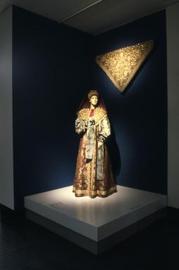 Curator's Choice: Pearls Among the Gold: Russian Women's Festive Dress, February 25, 1987 through June 29, 1987 (Image: CTX_E1987i014.jpg Brooklyn Museum photograph, 1987)