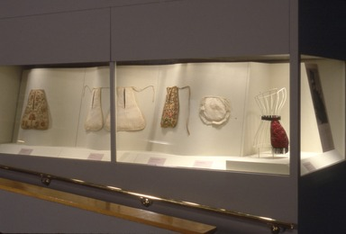From Pockets to Pouches: 300 Years of Handbags. [03/29/1997 - 06/22/1997]. Installation view.