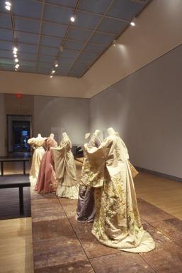 Japonism in Fashion. [11/20/1998 - 02/14/1999]. Installation view.