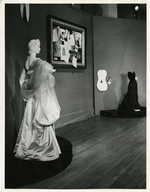 Decade of Design for Mrs. Millicent H. Rogers by Charles James. [11/19/1948 - 01/01/1949]. Installation view.