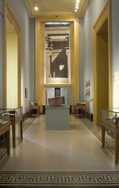 Egypt Through Other Eyes: The Popularization of Ancient Egypt. [08/12/2005 - 11/12/2006]. Installation view.