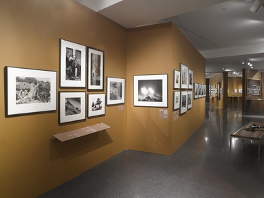 WAR/PHOTOGRAPHY: Images of Armed Conflict and Its Aftermath. [11/08/2013-02/02/2014]. Installation view.