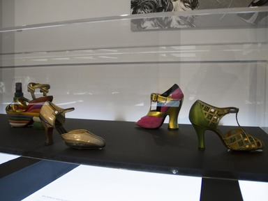 Killer Heels: The Art of the High-Heeled Shoe. [09/10/2014-03/01/2015]. Installation view.