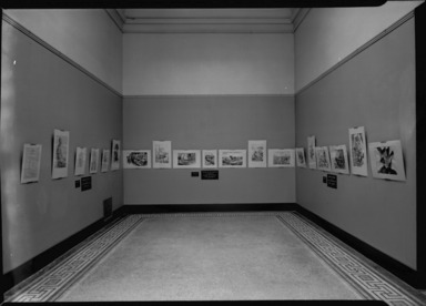 Brooklyn Institute Staff & Students. [04/16/1939 - 04/30/1939]. Installation view: photographic section, fifth floor galleries.