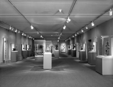 African Art & Leadership. [04/15/1989 - 08/21/1989]. Installation view.