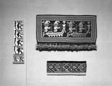 Andean Textiles: Selz Case, January 01, 1994 through December 31, 1994 (Image: PHO_E1994i001.jpg Brooklyn Museum photograph, 1994)