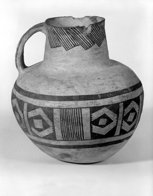 Ancient Pueblo (Anasazi). <em>Pitcher with Black on White Geometric Design</em>, 900-1300. Ceramic, pigment, 8 3/8 x 7 1/4in. (21.3 x 18.4cm). Brooklyn Museum, Gift of Charles A. Schieren, 01.1538.1752. Creative Commons-BY (Photo: Brooklyn Museum, 01.1538.1752_bw.jpg)