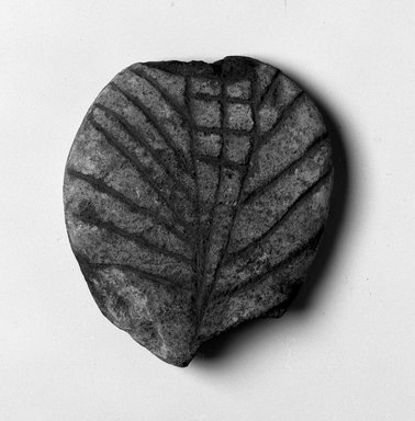 Northeast (unidentified) (Native American). <em>Pottery Stamp</em>, pre-17th century. Ceramic, 2 9/16 x 2 3/16 in. (6.5 x 5.6 cm). Brooklyn Museum, Tooker Collection Fund, 01.702. Creative Commons-BY (Photo: Brooklyn Museum, 01.702_bw.jpg)