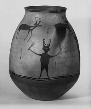 Ko-Tyit (Cochiti Pueblo). <em>Water Jar or Olla</em>, late 19th century. Ceramic, pigment, height: 19 3/4 (50.2 cm); diameter: 8 7/8 in. (22.5 cm). Brooklyn Museum, Riggs Pueblo Pottery Fund, 02.257.2471. Creative Commons-BY (Photo: Brooklyn Museum, 02.257.2471_bw_SL5.jpg)