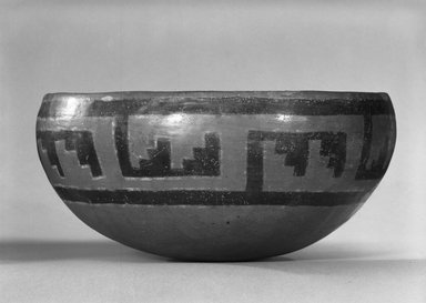 Ancient Pueblo (Anasazi). <em>Pindale Polychrome Bowl</em>, 1250-1350. Clay, slip, pigment, 4 3/4 x 9 5/8 x 9 5/8 in. (12.1 x 24.4 x 24.4 cm). Brooklyn Museum, Riggs Pueblo Pottery Fund, 02.257.2491. Creative Commons-BY (Photo: Brooklyn Museum, 02.257.2491_side_bw_SL5.jpg)