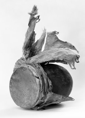 Navajo. <em>Jar Drum (Asa Itdoni)</em>, 1868-1903. Pottery, hide, pigment (pinon pitch?) cloth, fiber, 10 1/4 x 6 1/4in. (26 x 15.9cm). Brooklyn Museum, Museum Expedition 1903, Museum Collection Fund, 03.325.3639. Creative Commons-BY (Photo: Brooklyn Museum, 03.325.3639_bw.jpg)