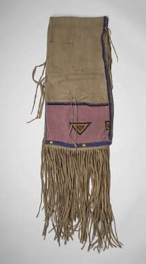 Ute. <em>Saddle Bag (Atlsa asisi)</em>, late 19th or early 20th century. Hide, beads, 27 9/16 x 14 15/16 in. (70 x 37.9 cm). Brooklyn Museum, Museum Expedition 1903, Museum Collection Fund, 03.325.3767. Creative Commons-BY (Photo: Brooklyn Museum, 03.325.3767.jpg)