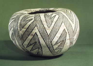 Ancient Pueblo (Anasazi). <em>Bowl</em>, 900-1300 C.E. Ceramic, pigment, 5 7/8 x 9 1/4 x 9 1/4 in. (15 x 23.5 x 23.5 cm). Brooklyn Museum, Museum Expedition 1903, Museum Collection Fund, 03.325.4009. Creative Commons-BY (Photo: Brooklyn Museum, 03.325.4009.jpg)