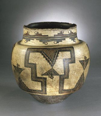 She-we-na (Zuni Pueblo) (Native American). <em>Water Jar</em>, 1825-1850. Clay, pigment, 12 3/4 x 12 3/4 in. (31.5 x 33.5 cm). Brooklyn Museum, Museum Expedition 1903, Museum Collection Fund, 03.325.4723. Creative Commons-BY (Photo: Brooklyn Museum, 03.325.4723_SL1.jpg)