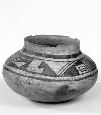Ancient Pueblo (Anasazi). <em>Water Jar</em>, 1375-1475. Clay, slip, pigment, 6 1/8 x 9 in. (16.0 x 27.0 cm). Brooklyn Museum, Museum Expedition 1903, Museum Collection Fund, 03.325.4738. Creative Commons-BY (Photo: Brooklyn Museum, 03.325.4738_bw.jpg)