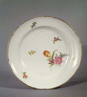 <em>Plate</em>, 1789-99. Decorated porcelain Brooklyn Museum, Gift of Reverend Alfred Duane Pell, 03.328.52. Creative Commons-BY (Photo: Brooklyn Museum, 03.328.52.jpg)