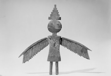 She-we-na (Zuni Pueblo). <em>Eagle Man Image (A-tchi-a, La-to-pa) from the Little Fire Society Altar</em>, late 19th-early 20th century. Wood, pigment, 12 × 14 in. (30.5 × 35.6 cm). Brooklyn Museum, Museum Expedition 1904, Museum Collection Fund, 04.297.5191. Creative Commons-BY (Photo: Brooklyn Museum, 04.297.5191_acetate_bw.jpg)