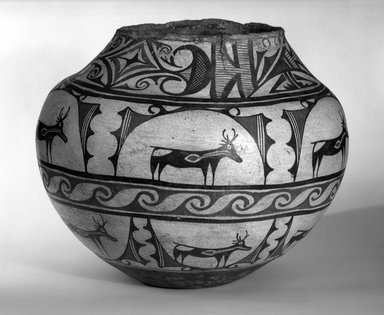 She-we-na (Zuni Pueblo). <em>Water Jar (Tai-lai)</em>, 1868-1933. Ceramic, pigment, 12 1/4 x 15 in. (31.0 x 38.0 cm). Brooklyn Museum, Museum Expedition 1904, Museum Collection Fund, 04.297.5249. Creative Commons-BY (Photo: Brooklyn Museum, 04.297.5249_view2_bw.jpg)