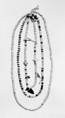 She-we-na (Zuni Pueblo). <em>Necklace</em>, ca. 1100-1400. Stone, shell, string, 9/16 x 11 13/16 x 1 7/8in. (1.5 x 30 x 4.7cm). Brooklyn Museum, Museum Expedition 1904, Museum Collection Fund, 04.297.5471. Creative Commons-BY (Photo: Brooklyn Museum, 04.297.5471_bw_SL1.jpg)