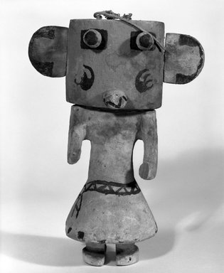 Hopi Pueblo. <em>Kachina Doll (Hon [Bear])</em>, late 19th century. Wood, pigment, string, 5 5/8 x 3 1/16 x 8 3/16in. (14.3 x 7.8 x 20.8cm). Brooklyn Museum, Museum Expedition 1904, Museum Collection Fund, 04.297.5542. Creative Commons-BY (Photo: Brooklyn Museum, 04.297.5542_bw.jpg)