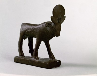 <em>Apis Bull</em>, 381-343 B.C.E. Bronze, 3 9/16 × 1 1/8 × 2 3/4 in. (9 × 2.9 × 7 cm). Brooklyn Museum, Charles Edwin Wilbour Fund, 05.367. Creative Commons-BY (Photo: , 05.367_SL3.jpg)