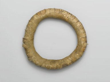 Hupa. <em>Woodpecker Crest Headring</em>, 19th century. Woodpecker scalps, hide, fiber, 1 5/16 x 9 1/16 in. (3.3 x 23 cm). Brooklyn Museum, Museum Expedition 1905, Museum Collection Fund, 06.331.7918. Creative Commons-BY (Photo: Brooklyn Museum, 06.331.7918_top_PS1.jpg)
