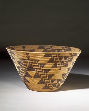 Mary Kea'a'ala Azbill (Maidu, 1864-1932). <em>Coiled Presentation Bowl</em>, late 19th-early 20th century. Sedge root, briar root, willow shoots, 8 × 14 3/4 × 14 3/4 in. (20.3 × 37.5 × 37.5 cm). Brooklyn Museum, Museum Expedition 1906, Museum Collection Fund, 06.331.8050. Creative Commons-BY (Photo: Brooklyn Museum, 06.331.8050_SL1.jpg)