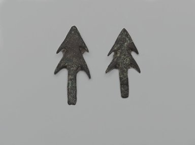 <em>2 Double-Barbed Arrow-Heads</em>, ca. 3500-2675 B.C.E. Copper, 07.447.763a: 5/8 x 1/16 x 1 3/8 in. (1.6 x 0.2 x 3.5 cm). Brooklyn Museum, Charles Edwin Wilbour Fund, 07.447.763a-b. Creative Commons-BY (Photo: Brooklyn Museum, 07.447.763a-b_side1_PS2.jpg)