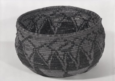Pomo. <em>Basket Bowl</em>. Fiber, (14.0 x 22.7 cm). Brooklyn Museum, By exchange, 07.468.9308. Creative Commons-BY (Photo: Brooklyn Museum, 07.468.9308_bw_SL5.jpg)