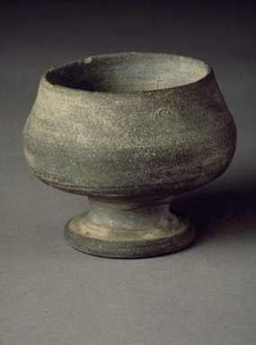 <em>Pedestal Cup</em>, 5th-6th century. Earthenware, Height: 2 3/8 in. (6 cm). Brooklyn Museum, Museum Collection Fund, 08.137. Creative Commons-BY (Photo: Brooklyn Museum, 08.137.jpg)