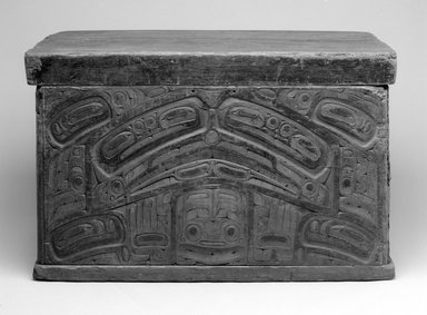 Haida. <em>Carved Trick Chest</em>, 19th century. Cedar wood, pigment, 23 1/4 x 36 x 22 1/4 in. (59.1 x 91.4 x 56.5 cm). Brooklyn Museum, Museum Expedition 1908, Museum Collection Fund, 08.491.8903. Creative Commons-BY (Photo: Brooklyn Museum, 08.491.8903_bw.jpg)