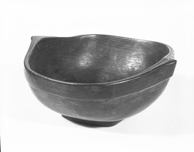 Ainu. <em>Bowl</em>. Wood, 2 3/8 x 6 5/16 x 5 7/8 in. (6 x 16 x 15 cm). Brooklyn Museum, Gift of Herman Stutzer, 12.352. Creative Commons-BY (Photo: Brooklyn Museum, 12.352_bw_SL5.jpg)
