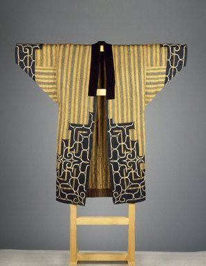 Ainu. <em>Man's Robe</em>, 19th-20th century. Elm bark fiber, cotton, velvet, 45 3/4 x 48 in. (116.2 x 121.9 cm). Brooklyn Museum, Gift of Herman Stutzer, 12.689. Creative Commons-BY (Photo: Brooklyn Museum, 12.689_SL3.jpg)