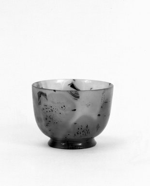 <em>Cup With Low Foot</em>, 19th century (probably). Agate, 2 1/16 x 2 3/4 in. (5.3 x 7 cm). Brooklyn Museum, Bequest of Robert B. Woodward, 14.492. Creative Commons-BY (Photo: Brooklyn Museum, 14.492_bw.jpg)
