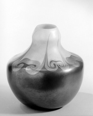 Tiffany Studios (1902-1932). <em>Vase</em>, ca. 1900. Opalescent glass, 7 x 6 7/8 x 6 7/8 in. (17.8 x 17.5 x 17.5 cm). Brooklyn Museum, Gift of Charles W. Gould, 14.739.17. Creative Commons-BY (Photo: Brooklyn Museum, 14.739.17_acetate_bw.jpg)