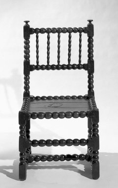 <em>Side Chair</em>, ca. 1650. Oak, 35 x 18 1/2 x 16 in. (88.9 x 47 x 40.6 cm). Brooklyn Museum, Henry L. Batterman Fund, 15.31. Creative Commons-BY (Photo: Brooklyn Museum, 15.31_bw.jpg)