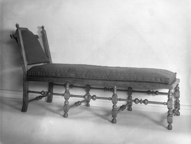 American. <em>Day Bed</em>, ca. 1700-1750. Maple wood, 38 1/4 x 21 1/2 x 63 in. (97.2 x 54.6 x 160 cm). Brooklyn Museum, Henry L. Batterman Fund, 15.481. Creative Commons-BY (Photo: Brooklyn Museum, 15.481_threequarter_glass_bw.jpg)
