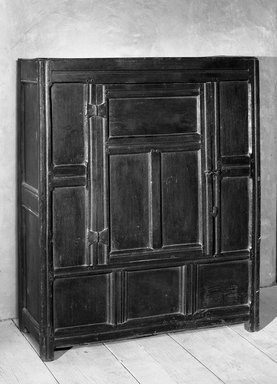 American. <em>Wardrobe</em>, 17th century. Paneled oak, 53 15/16 x 16 15/16 x 43 11/16 in. (137 x 43 x 111 cm). Brooklyn Museum, Frank Sherman Benson Fund, 16.498. Creative Commons-BY (Photo: Brooklyn Museum, 16.498_acetate_bw.jpg)