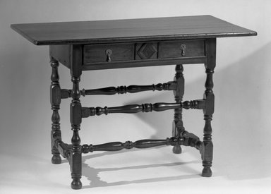 American. <em>Table, Rectangular Top Resting on Four Turned Legs</em>, late 17th century. Pine and maple, 28 3/4 x 43 1/4 x 22 1/2 in. (73 x 109.9 x 57.2 cm). Brooklyn Museum, Henry L. Batterman Fund, 17.116. Creative Commons-BY (Photo: Brooklyn Museum, 17.116_acetate_bw.jpg)