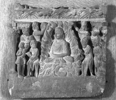 <em>Relief Depicting the Buddha Performing the Miracle at Uruvilva</em>, late 2nd-3rd century. Slate, 12 3/8 x 12 5/8 in. (31.5 x 32 cm). Brooklyn Museum, 19.56. Creative Commons-BY (Photo: Brooklyn Museum, 19.56_glass_bw.jpg)