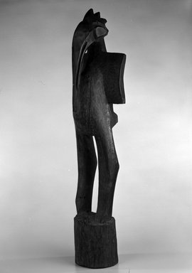 Senufo. <em>Bird Figure for Poro Society (Sejen)</em>, late 19th or early 20th century. Wood, applied coating, 39 1/2 x 9 x 7 in. (100.3 x 22.8 x 17.8 cm). Brooklyn Museum, The Adolph and Esther D. Gottlieb Collection, 1989.51.3. Creative Commons-BY (Photo: Brooklyn Museum, 1989.51.3_bw.jpg)