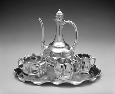 Pairpoint Manufacturing Company (1880-1929). <em>Coffee Pot</em>, ca. 1885. Silver-plate, 9 1/2 x 6 1/2 x 5 1/2 in. (24.1 x 16.5 x 14 cm). Brooklyn Museum, H. Randolph Lever Fund, 1990.160.1. Creative Commons-BY (Photo: , 1990.160.1-.5_bw.jpg)
