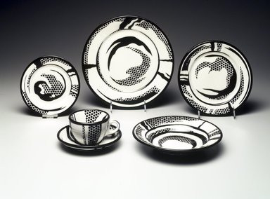 Roy Lichtenstein (American, 1923-1997). <em>Salad Plate</em>, 1966. Glazed earthenware, 1 1/16 x 8 1/16 x 8 1/16 in. (2.7 x 20.5 x 20.5 cm). Brooklyn Museum, Modernism Benefit Fund, 1990.37.2. Creative Commons-BY (Photo: , 1990.37.1-.5_transp335.jpg)