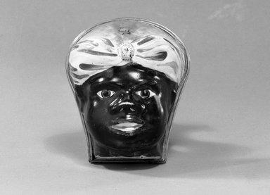 <em>Snuff Box</em>, 1750-1758. Enamel, gilt ormolu, Height: 2 7/8 in. Brooklyn Museum, Gift of Mae Mongno through William Mongmo, 1990.88. Creative Commons-BY (Photo: Brooklyn Museum, 1990.88_acetate_bw.jpg)