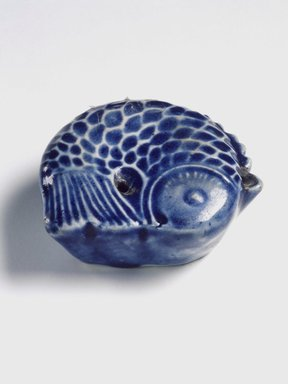 <em>Water Dropper in the Shape of a Fish</em>, 19th century. Porcelain with cobalt blue underglaze decoration, Height: 7/8 in. (2.2 cm). Brooklyn Museum, Gift of the Estate of Charles A. Brandon, 1991.74.33. Creative Commons-BY (Photo: Brooklyn Museum, 1991.74.33.jpg)