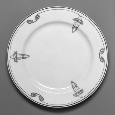 Onondaga Pottery Company (1871-1966). <em>Plate</em>, 1913. Porcelain, 3/4 x 8 x 8 in. (1.9 x 20.3 x 20.3 cm). Brooklyn Museum, Gift of Joseph V. Garry, 1992.156.1. Creative Commons-BY (Photo: Brooklyn Museum, 1992.156.1_bw.jpg)
