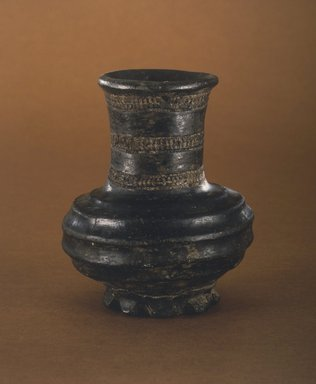 Dan. <em>Storage Vessel</em>, 19th-20th century. Terracotta, height: 6 1/4 in. (15.9cm). Brooklyn Museum, Gift of Blake Robinson, 1992.26.1. Creative Commons-BY (Photo: Brooklyn Museum, 1992.26.1.jpg)