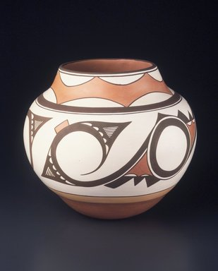 Gladys Paquin (Ka'waika (Laguna Pueblo), born 1936). <em>Jar</em>, 1993. Clay, slip, 10 1/2 × 11 × 11 in. (26.7 × 27.9 × 27.9 cm). Brooklyn Museum, Carll H. de Silver Fund, 1993.101.2. Creative Commons-BY (Photo: Brooklyn Museum, 1993.101.2_transp3548.jpg)